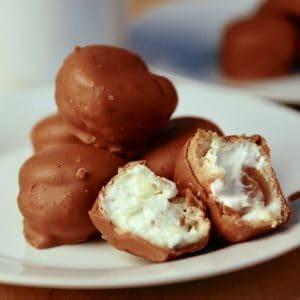 Buy Salted Caramel Profiteroles x 1kg (approx. 50 profiteroles) online