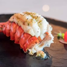 🎄Rock Lobster Tails x 2 ( 190-210g each)
